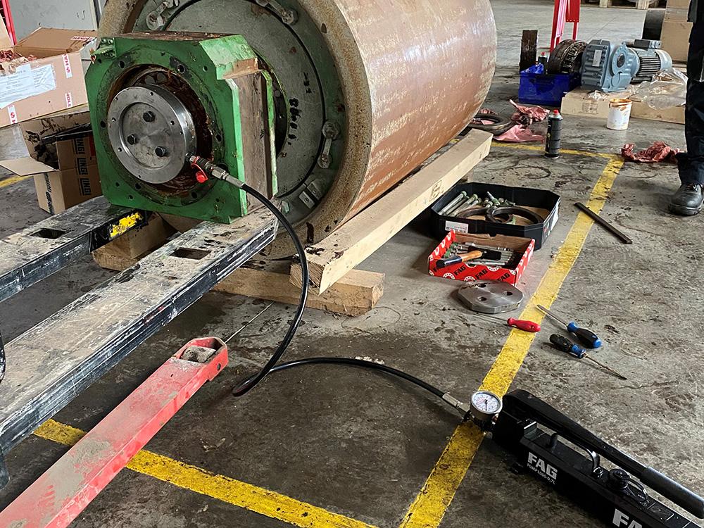 Процеси на монтаж и демонтаж в индустрията - Хенди ЕООД